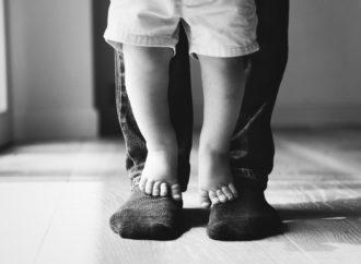 Licencias por paternidad, ¿son dos días suficientes?