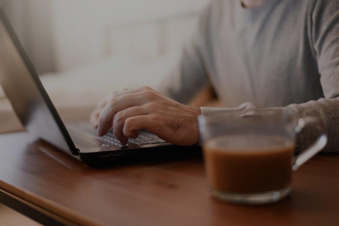 ¿Cómo balancear vida personal y profesional en home office?