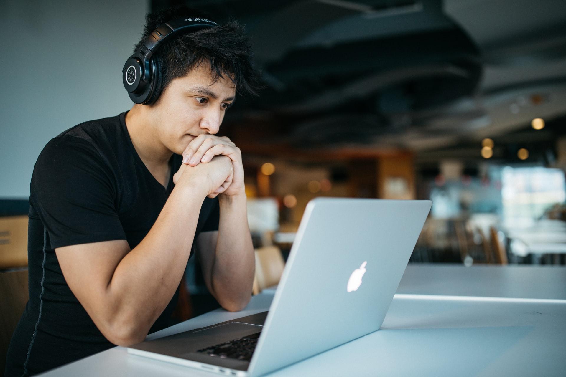 ¿Cómo comunicar el cambio de carrera en tu CV?